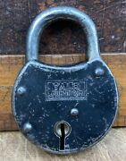 """Vintage Padlock By Yale And Towne Mfg Co """"junior"""""""