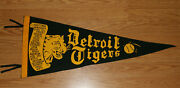 Scarce Antique 1940and039s Detroit Tigers Baseball Scroll Pennant Hal Newhouser