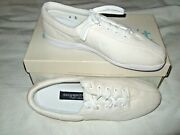 Brand New In Box Easy Spirit Anti Gravity Shoes - Size 10 D - White - Canvas