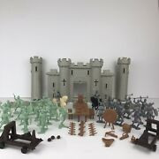 1960's Marx Fighting Knights Vikings Carry All Action Playset Parts Figures Lot