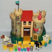 Vintage Fisher Price Little People 993 Play Family Castle Set Complete 0731