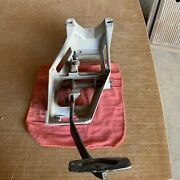 1980 1986 Ford F150 F250 F350 Bronco Bullnose Auto Oem Brake Pedal Assembly