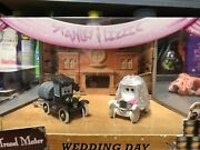 Disney Pixar Cars Wedding Day Get Packed Limited Edition Stanley And Lizzie Mint