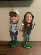 """Chip And Joanna Gaines """"fixer Upper"""" Magnolia Farms Hgtv Exclusive Bobbleheads Cc"""