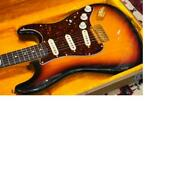Fender 1997 Collectors Edition Stratocaster Bass Guitar