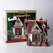 Lemax Christmas Time And Trimming Village House Holiday Display Building 25366