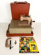 Vintage Singer 20 Sewhandy Childand039s Size Sewing Machine In Original Carrying Case