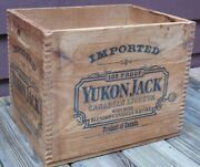 Vintage Jack Daniels Wood Dove-tailed Shipping Crate 1975