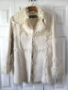 Bebe Womanandrsquos Size Small Ivory Cream Gorgeous Faux Fur Jacket