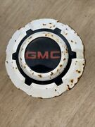 1967 - 1972 Gmc 3/4 To 1 Ton Pick Up Truck Dog Dish Hubcap White Patina Included