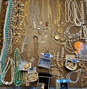 Vintage Necklace Lot 100+ Pcs Avon Coro Kramer Loncraft 1930and039s-2000and039s