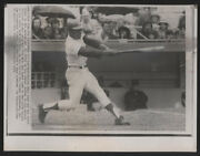 1972 Original Baseball Wire Photo - Number 647 For Mays