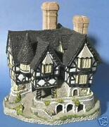 Falstaffand039s Manor - David Winter Cottage Collection - Retired 1991/mint Condition
