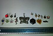 Mix Lot Of 17 Vintage Costume Jewelry Pendants Unresearched Auction Finds 702