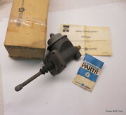 Nos Mopar 1958-1961 Plymouth Dodge Master Cyl Assy Without Power Brake 2275370