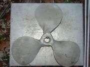 Right 22 Inch 3 Blade 1-3/8 Bore X 3 Shank 316 Stainless Steel Boat Propeller