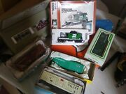 Lot 6 Ho Scale Electric Train Cars With Center Cupola Caboose And Floodlight Car