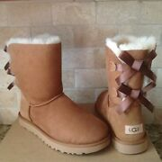 Ugg Short Bailey Bow Ii Chestnut Suede Winter Classic Boots Size Us 7 Womens