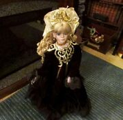 34 Tall Rustie Doll 0530/2000 Black Dress With Gold Collar Casey
