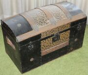 Antique Camelback Humpback Storage Chest Steamer Luggage Trunk 30 Local Pick Up