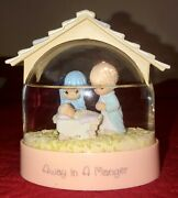 Vintage Precious Moments Collection 1993 Away In A Manger Waterball Snow Globe
