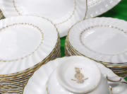 Royal Doulton Adrian Dinner Service For 12 W/oval Bowl And 16 Platter Maah