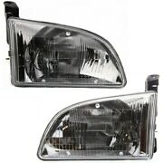 Headlight Lamp Left-and-right To2503123, To2502123 8115008010, 8111008010
