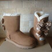 Ugg Short Bailey Bow Ii Velvet Ribbon Chestnut Suede Boots Size Us 7 Womens
