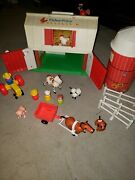 1985 Fisher Price Little People Farm 2501