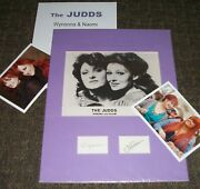 The Judds Wynonna And Naomi Autographed Cards W Photo And Photos -real Collectible