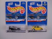 Lot Of 2 Hot Wheels 2000 First Editions 15 Lotus Elise, 30 Mini Cooper