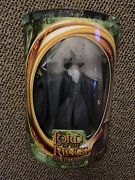 Lord Of The Rings Gandalf Figure W/light-up Staff, Unopened. Toybiz 2002
