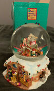Disney Snow Globe Mickey Mouse Santa Claus Is Coming To Town