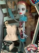 Monster High Doll Abbey Bominable Art Class – New In Box, Never Opened 2013