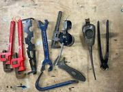 Collection Of Antique 10x Tools Wrenches Oil Cans Clearance 1930and039s-1950and039s Reduce