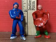 Vintage Toy Lead Man And Woman Skaters Lot Of 2