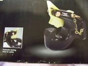 Auto Locking Pintle Hook 25 Ton Capacity Flat Mount Heavy Duty For Lunette Ring