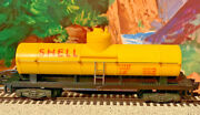 American Flyer 24328 Shell Oil Tanker W Operating Knuckle Couplers, Superb S2