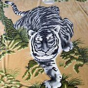 """Large Prowling White Jungle Tiger Blanket Unbranded 88""""x 76"""" Tan Green White"""