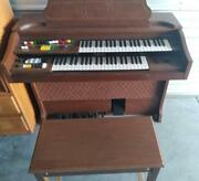 Vintage Yamaha Organ Model 205u With Bench And Course Booklet