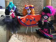 Adorable Day Of The Dead Paper Mache Skeleton Dolls