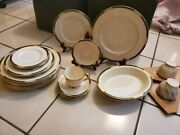 Lenox Presidential Collection Dinnerware Plates. Set Of 26.gold Rimmed