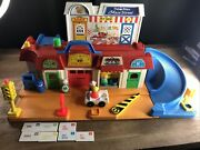 1986-90 Vintage Fisher-price Play Family Main Street Playset 2500