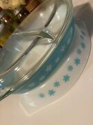Vintage Pyrex Divided Casserole Dish 1 1/2 Qt White With Blue Snowflakes And Lid