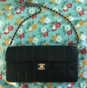 Auth Vintage Cc Leather Clutch In Lambskin