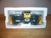 Mth 30-4130c Green Bay Packers Extended Vision Caboose