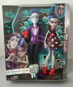 New Monster High Loves Not Dead Ghoulia Yelps And Slo Mo Sloman 2 Doll Set Zombie