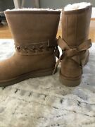 Womens New Size 7 Uggs Boots Lace Up Chestnut Nwot