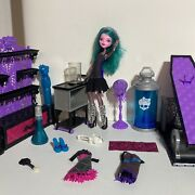 Monster High Color Me Creepy Design Chamber Doll Furniture Accessories Cam Lot