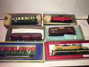 Mantua Vintage Gp20 Reading 5201 Ob Set W/4 Reading Frgt Cars And Caboose,boxes